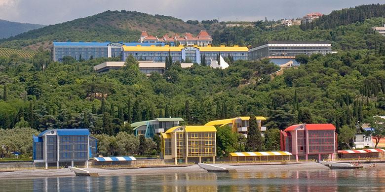 Детский лагерь Артек в Крыму